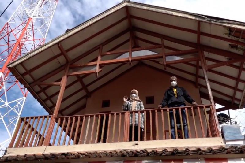 Ridwan Kamil minta aparat desa pantau warga isoman