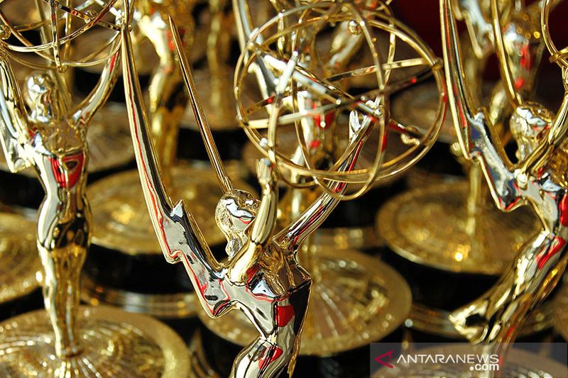 Peserta Emmy Awards harus tunjukkan bukti vaksinasi