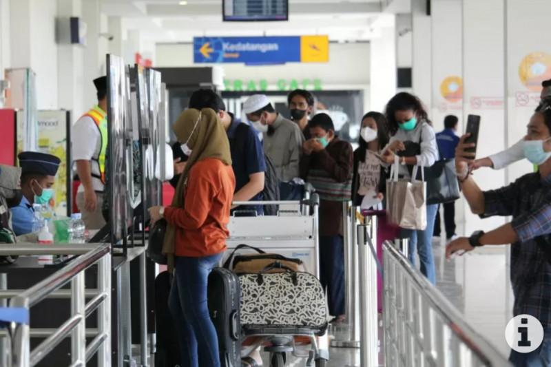 Bandara Radin Inten Lampung wajibkan penumpang pakai