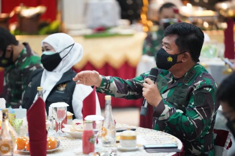 Panglima TNI beri arahan penerapan aplikasi pelacak COVID-19 di Madiun