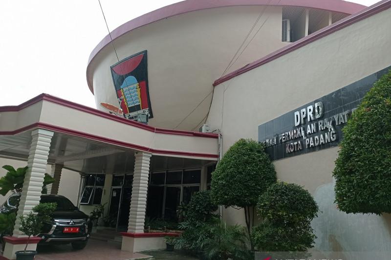 DPRD Padang desak partai pengusung kirim usulan nama wakil wali kota