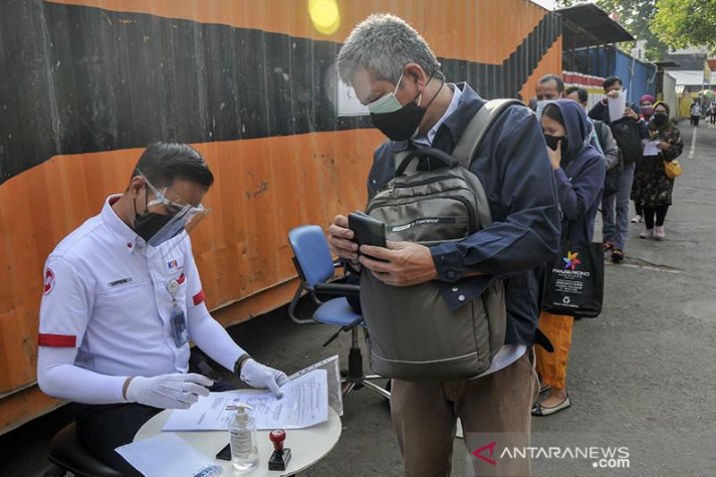 KAI: Dokumen perjalanan sebagai syarat naik KRL tetap dilanjutkan