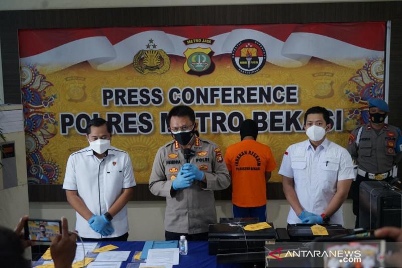 Polres Bekasi ringkus pemalsu kartu vaksin dan surat antigen