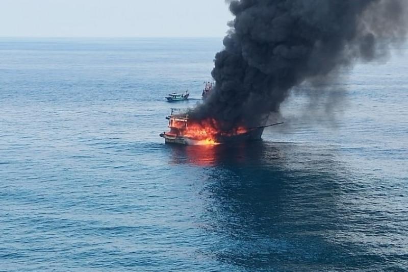 Satu ABK tewas dalam kebakaran kapal di Perairan Pulau Berhala Sumut