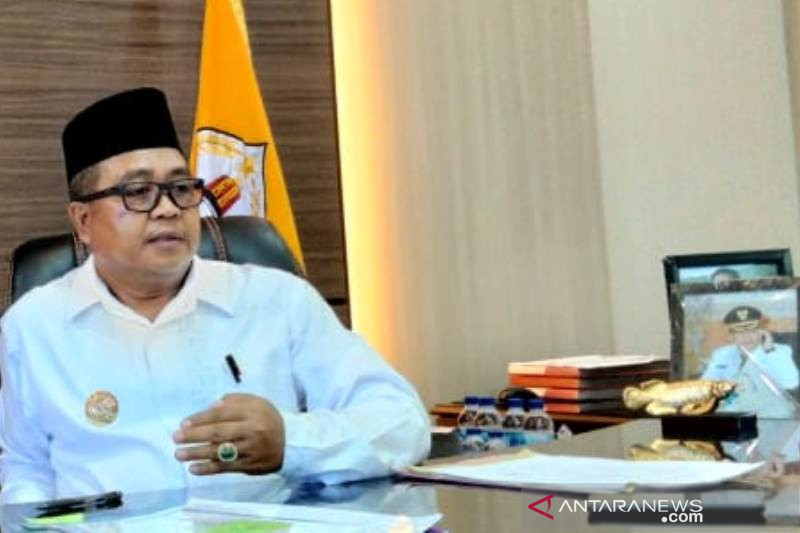 Aceh Barat tanggung biaya pengobatan pasien lumpuh usai divaksin COVID