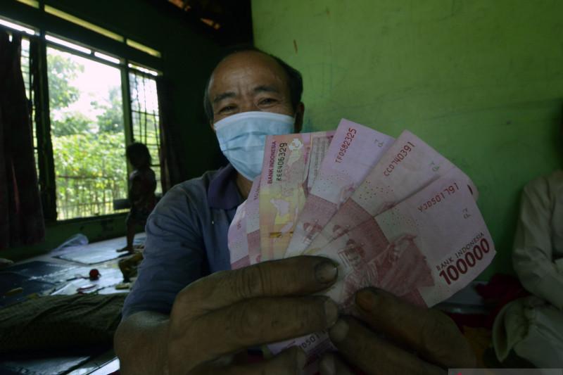 Hoaks! Bantuan Rp600 ribu bagi pemilik e-KTP