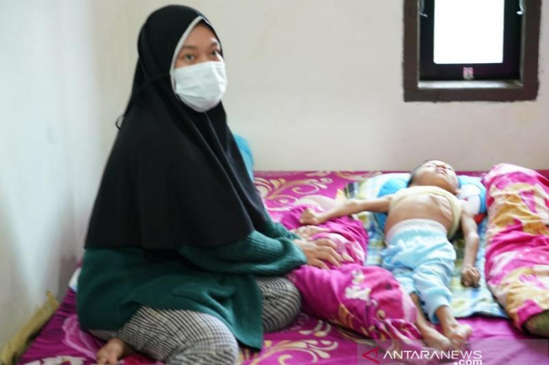 Korem 143/HO bantu anak 6 tahun penderita infeksi paru di Konawe