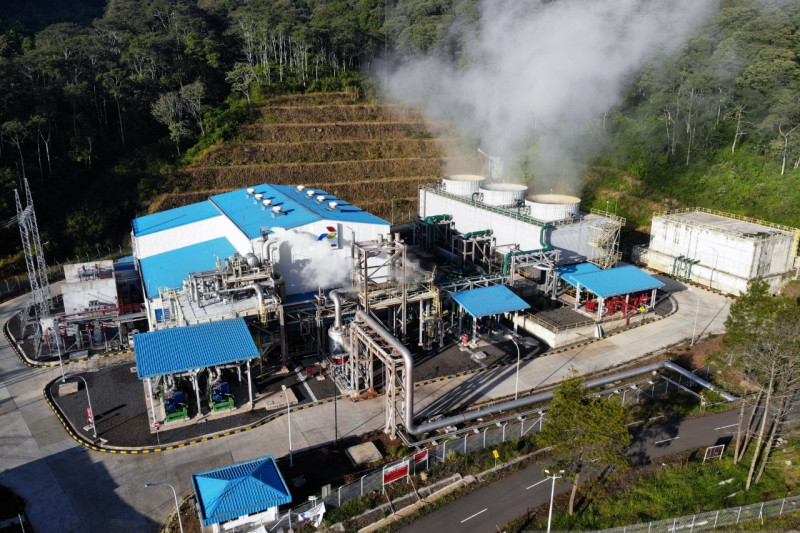 Pertamina ungkap manfaat tersembunyi energi panas bumi