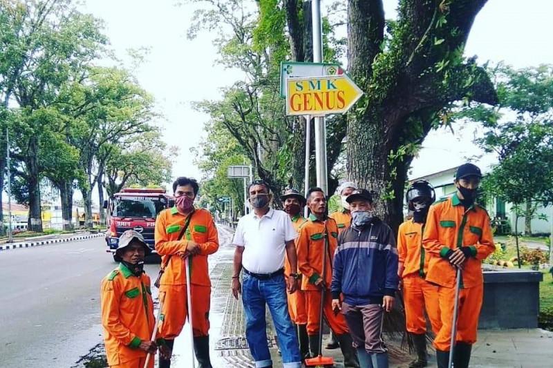 Volume sampah turun 10 ton perhari sejak PPKM di Bukittinggi
