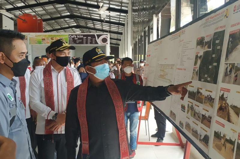 Bupari Fransiskus usulkan bangun jalan Puring Kencana di batas RI-Malaysia
