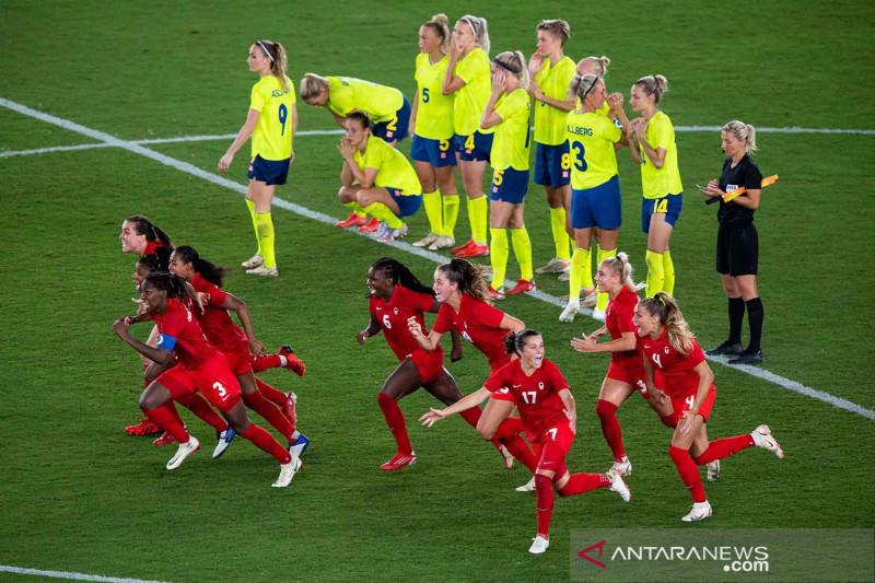 Menang adu penalti lawan Swedia, Kanada raih emas sepak bola putri