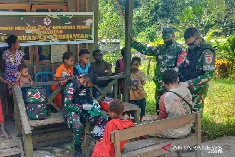 Satgas TNI Yonif 512 beri pengobatan untuk warga perbatasan