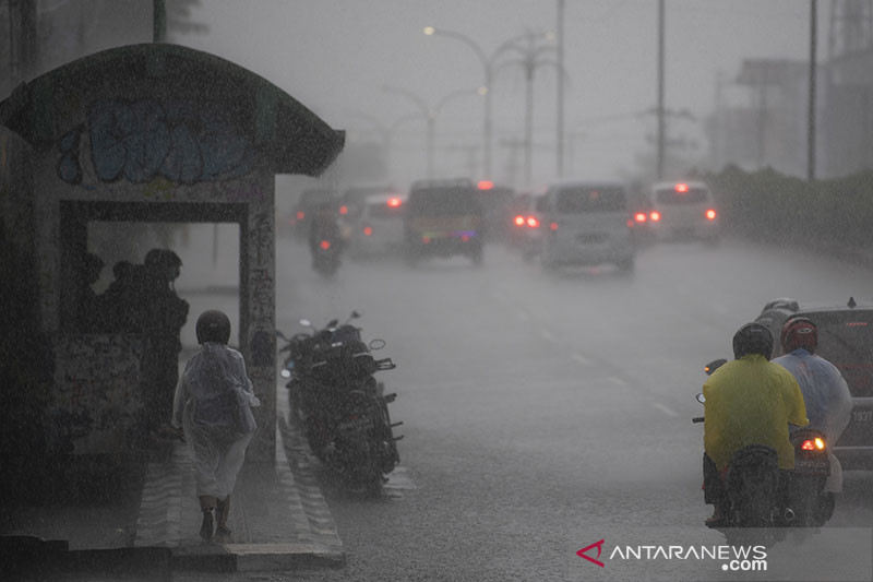 BMKG perkirakan Sumsel tetap alami hujan di musim kemarau