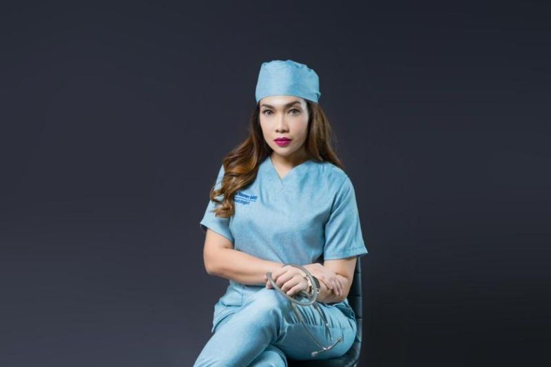 Kelola sosmed untuk media edukasi, dokter Lala raih rekor MURI thumbnail