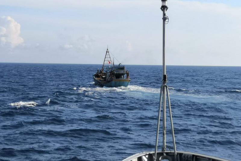 KRI Kerambit-627 tangkap kapal ikan Vietnam di laut Natuna Utara