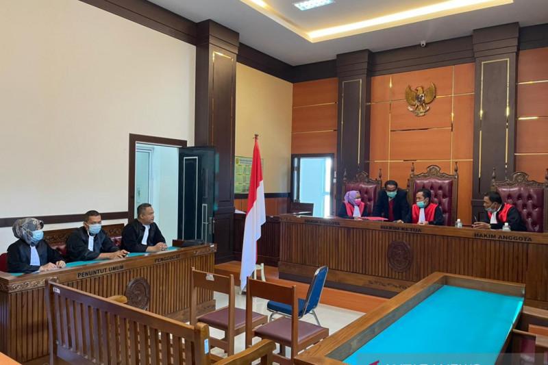 PN Padang gelar sidang perkara korupsi DPO