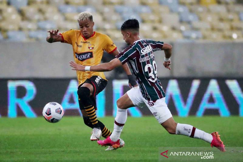 Copa Libertadores: Barcelona tahan imbang Fluminense 2-2