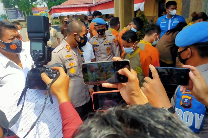 Polres Asahan melimpahkan kasus narkoba lima anggota DPRD Labura