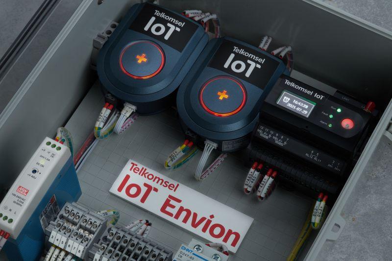 Kemarin, Envion Telkomsel dirilis lalu lagu baru Tulus