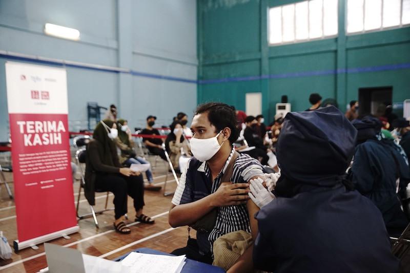 Uniqlo buka sentra vaksinasi di Tangerang, target 2.500 orang sehari