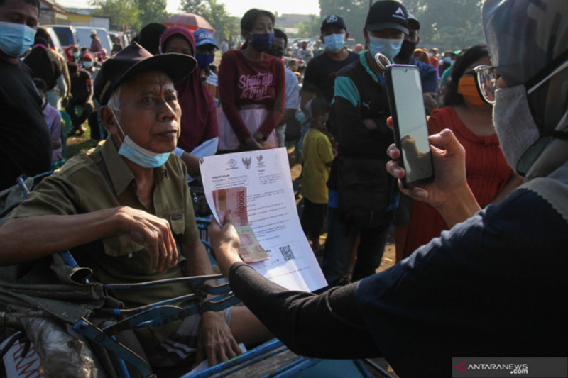 Penyaluran BST Tahap 14-15 di Surabaya capai 96 persen