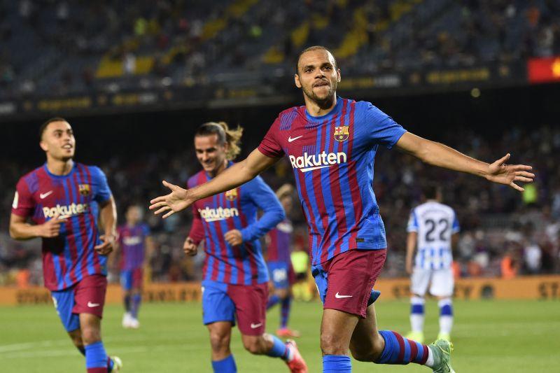 Barcelona mulai era tanpa Messi dengan kemenangan 4-2 atas Sociedad
