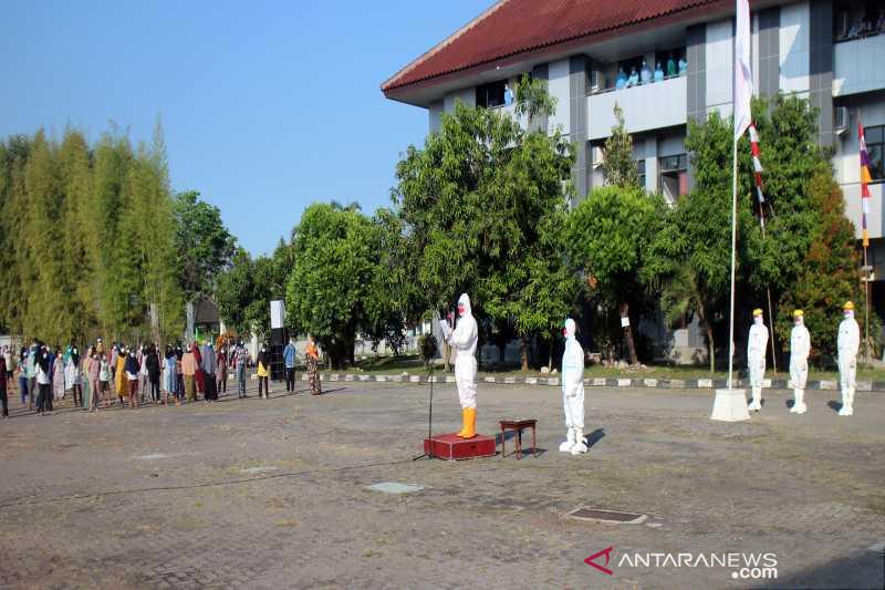 Gubernur Jateng pimpin upacara Kemerdekaan RI di isolasi Donohudan