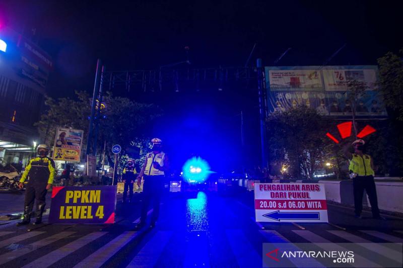 Polresta Banjarmasin berlakukan jam malam saat PPKM Level 4