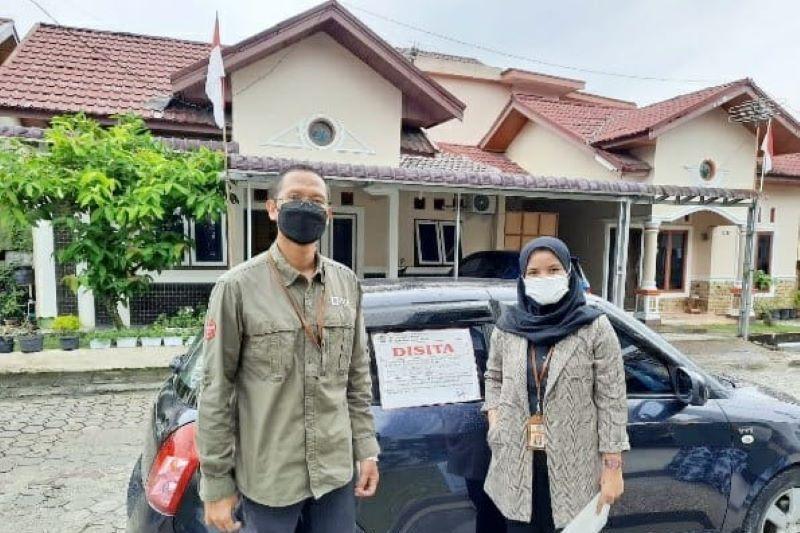 DJP sita serentak 12 aset penunggak pajak di Riau