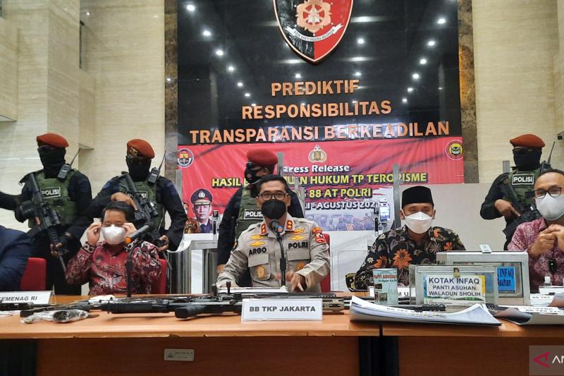 Polri ungkap tersangka teroris ingin melancarkan aksi pada 17 Agustus