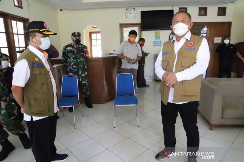 Kepala BNPB tinjau lokasi isolasi terpusat di Bali
