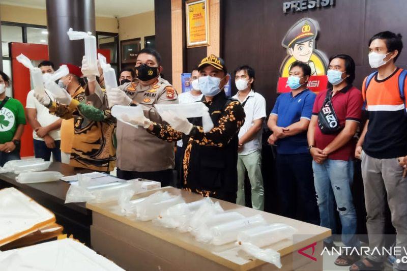 Polisi temukan benih lobster senilai Rp11 milar di mobil tak bertuan
