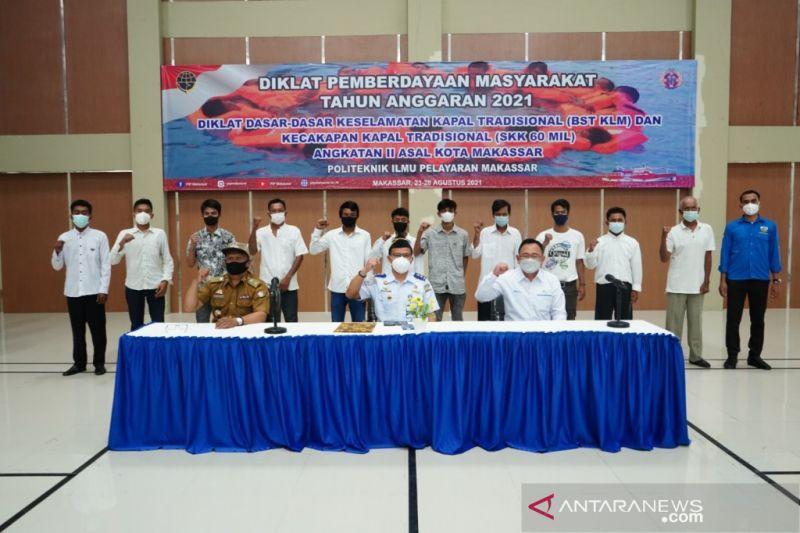 Pelindo IV dan PIP gelar pelatihan BST untuk nelayan dan awak kapal