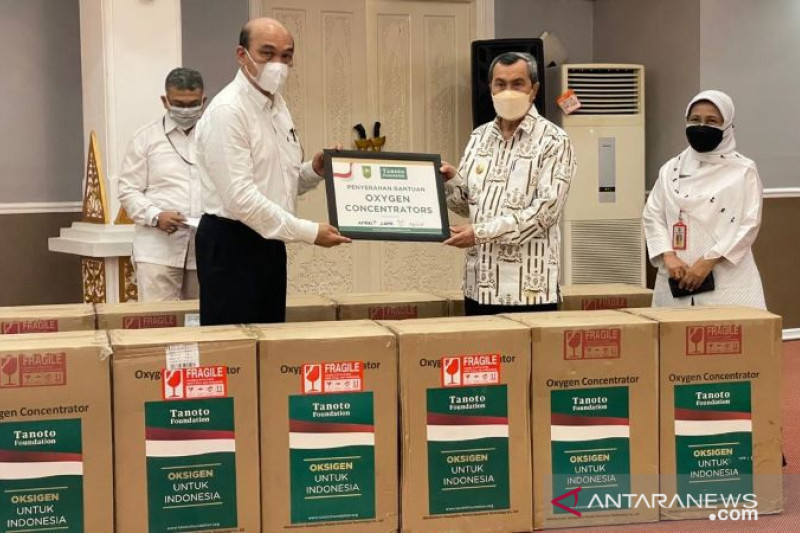 Pemrov Riau terima 145 konsentrator oksigen dari Tanoto Foundation