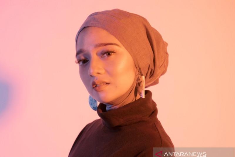 Chiki Fawzi IMAGE 01