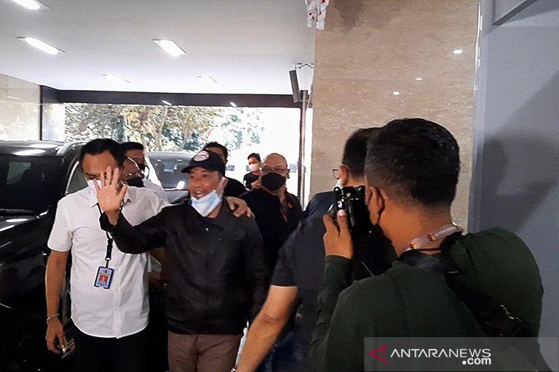Kemarin, M Kece ditangkap sampai TNI tangkap buronan Kamboja