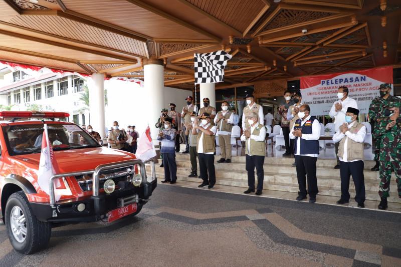 Aceh Besar terima bantuan mesin tes PCR dan 30 ribu masker dari BNPB