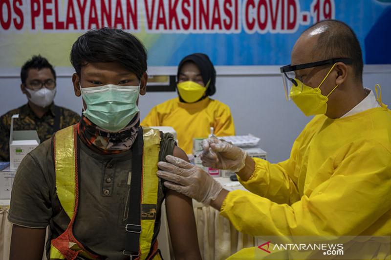 Serikat pekerja apresiasi langkah cepat vaksinasi Polri bagi buruh
