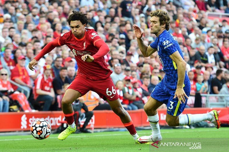 Liverpool cuma petik satu poin usai ditahan imbang 10 pemain Chelsea