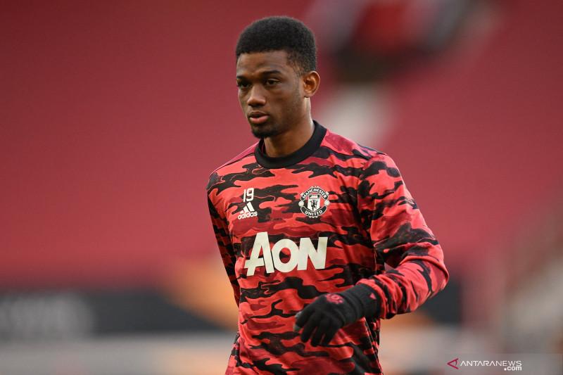 Alami cedera paha, Amad Diallo batal dipinjamkan United ke Fayenoord thumbnail