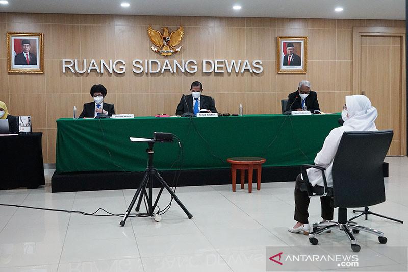 Dewas KPK: Lili Pintauli sempat swafoto dengan Walkot Tanjungbalai