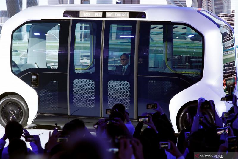 Toyota e-Pallete beroperasi kembali dengan staf keamanan
