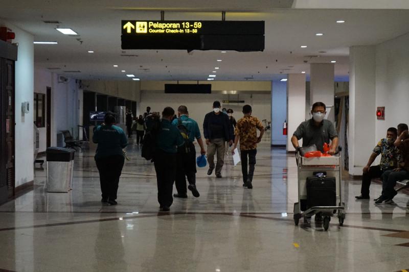 Bandara Juanda buka layanan tes antigen tanpa turun