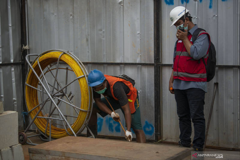 Pembenahan kabel udara semrawut di Jakarta