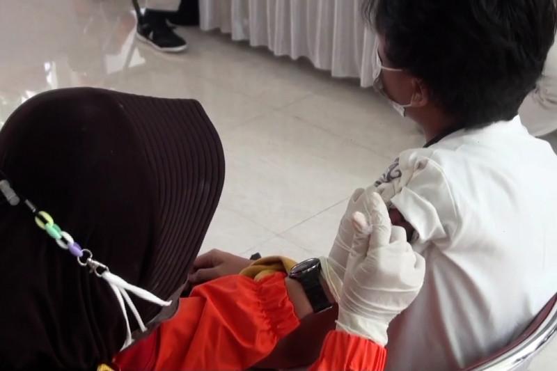 Polda Jabar gelar vaksinasi bagi 2.500 santri