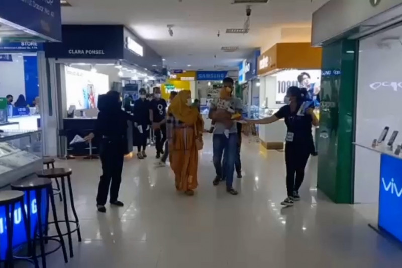 Pusat perbelanjaan modern di Medan mulai beroperasi