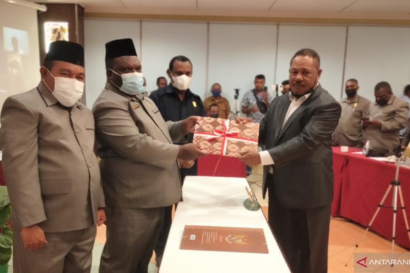 DPRP Papua Barat tetapkan tujuh RPP Otsus Papua hasil kerja pansus
