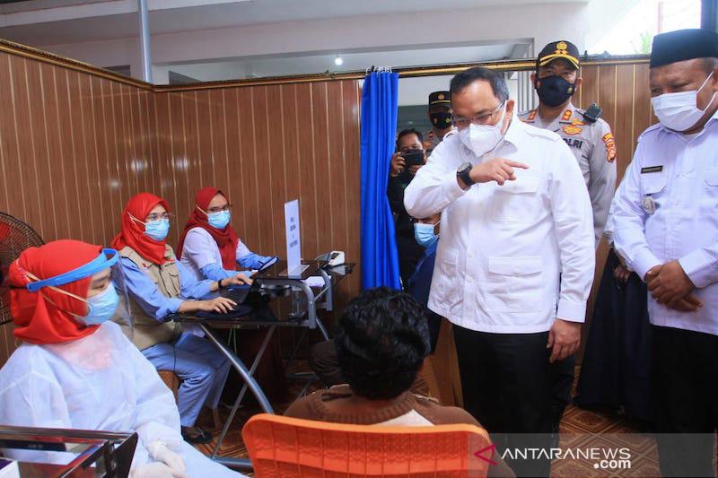 Perusahaan perkebunan di Musi Banyuasin gelar vaksinasi gotong royong