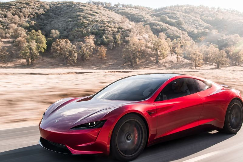 Tesla Roadster baru akan dikirim ke pemesan 2023
