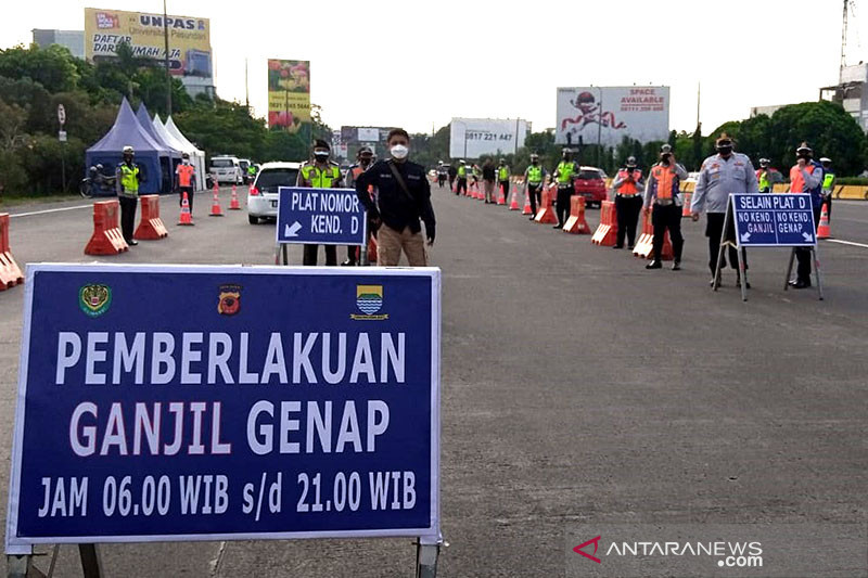 Ganjil-genap mulai diterapkan di Bandung khusus kendaraan luar kota